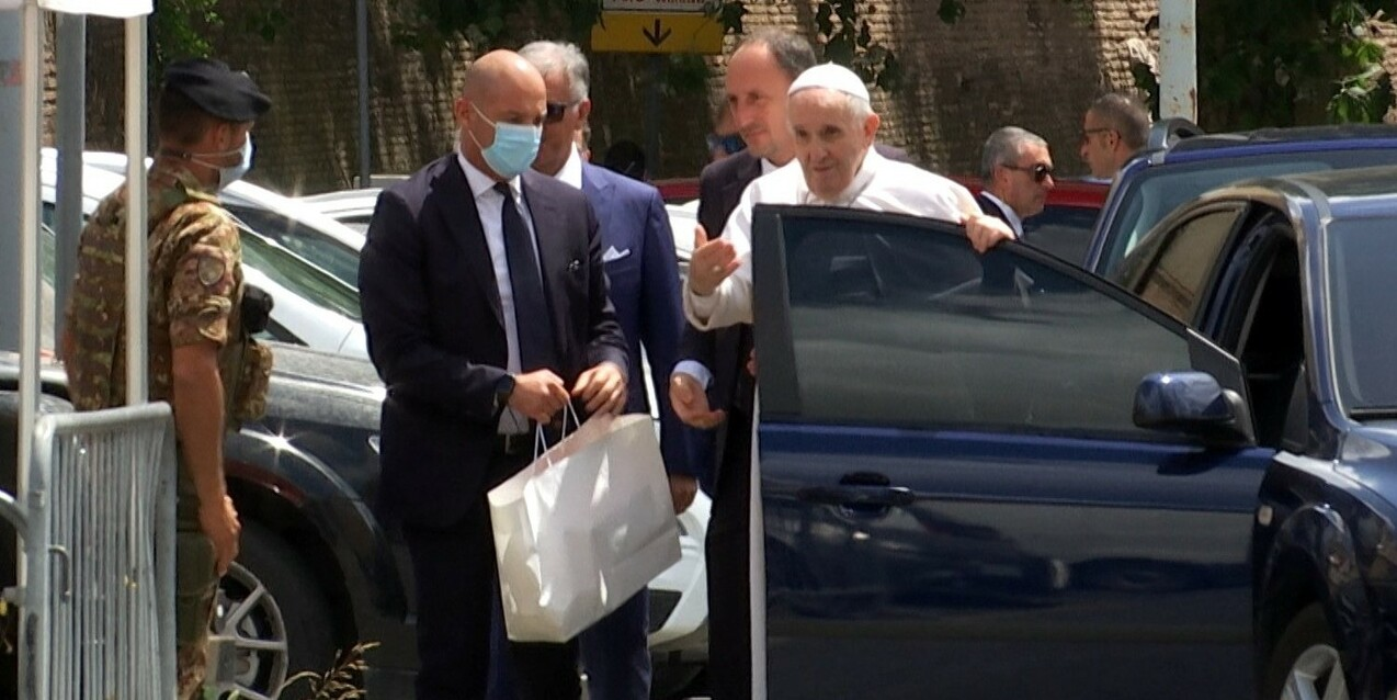 Pope Francis returns home after successful surgery