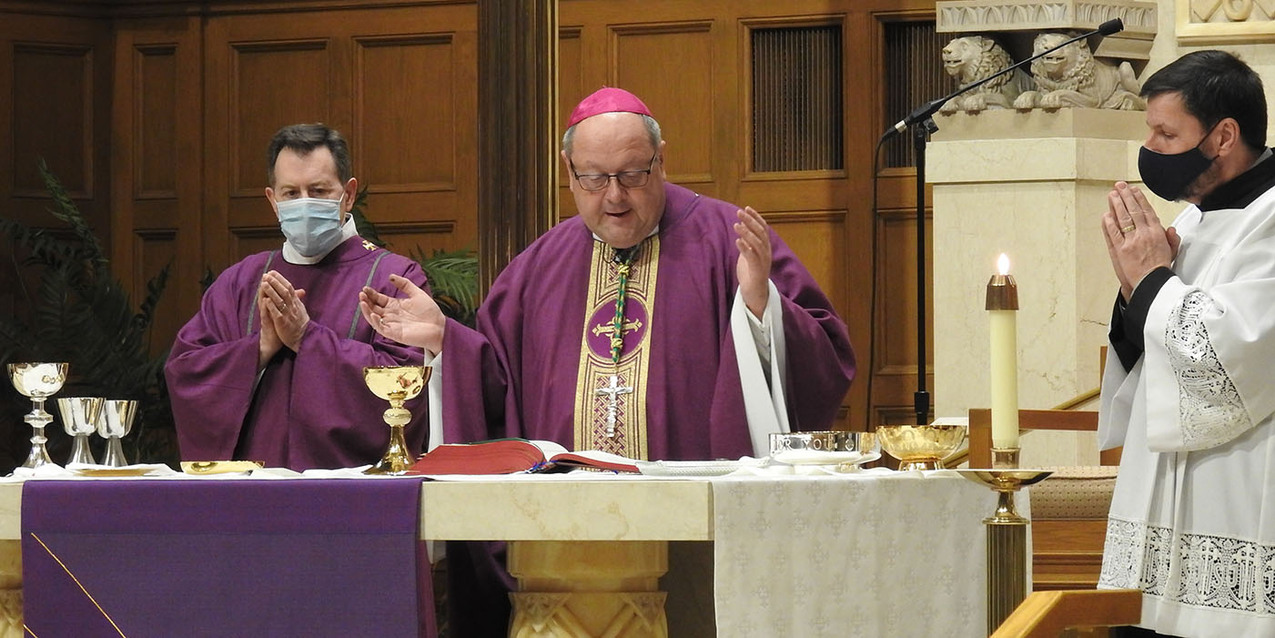 Bishop Malesic visits St. Charles Borromeo Parish to celebrate Mass
