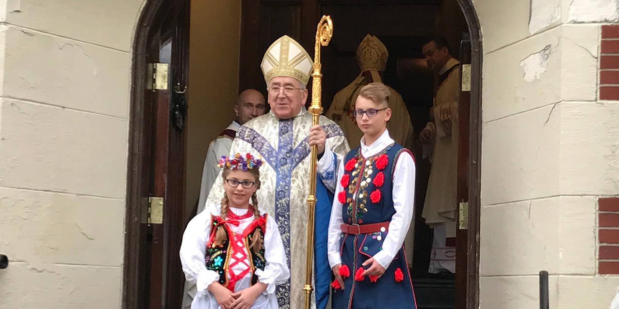 Cardinal Stanislaus Rylko makes pastoral visit to diocese