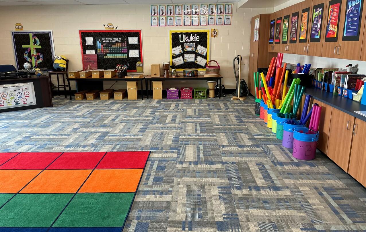 Griffith Family Corridor dedicated at Seton Catholic School