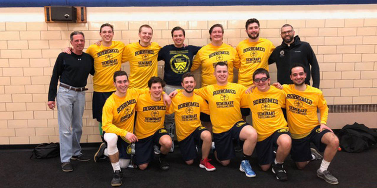 Cleveland diocesan seminaries compete in inter-seminary basketball tournament